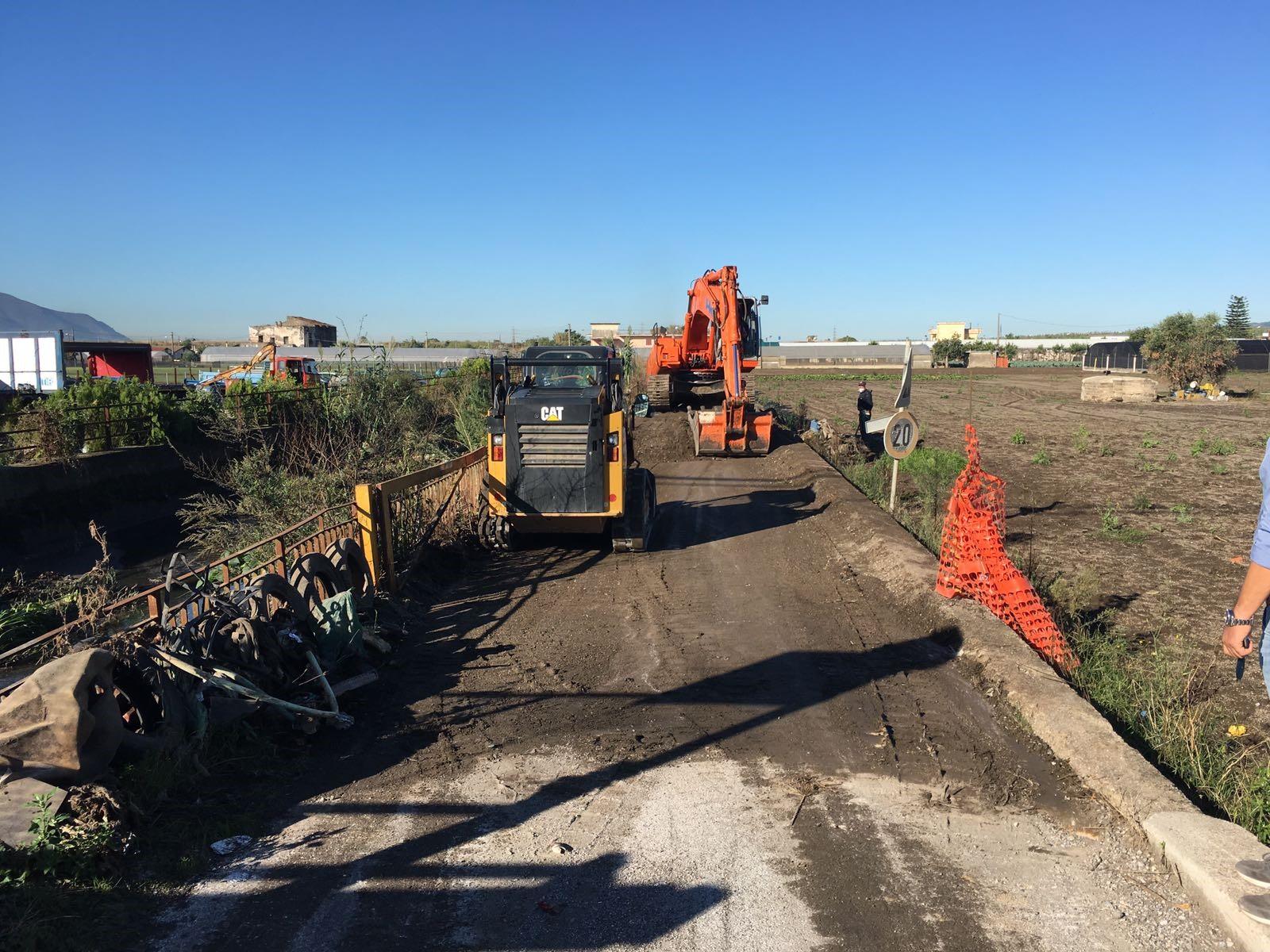 Avviata la rimozione dei fanghi di dragaggio del  Rio Sguazzatorio nei Comuni di Angri e San Marzano S.S.