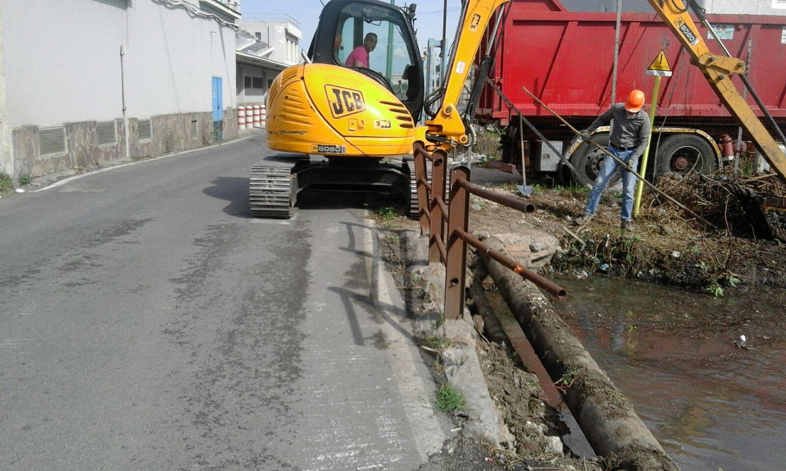 Lavori di espurgo del canale S. Tommaso in Scafati